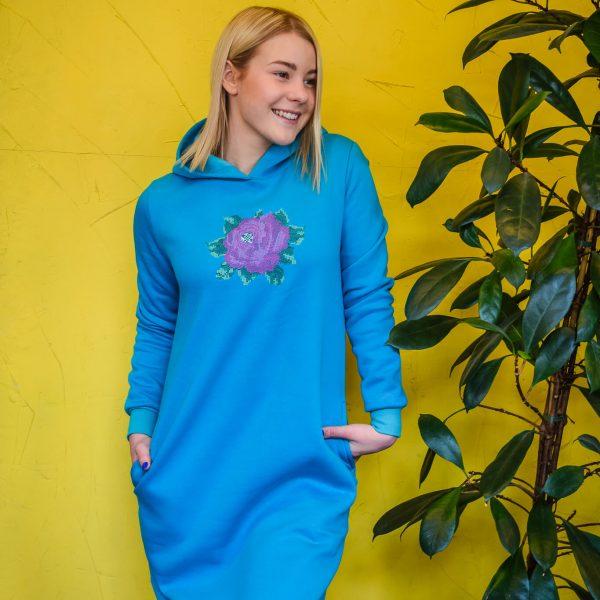 roosi-tikandiga-dresskleit