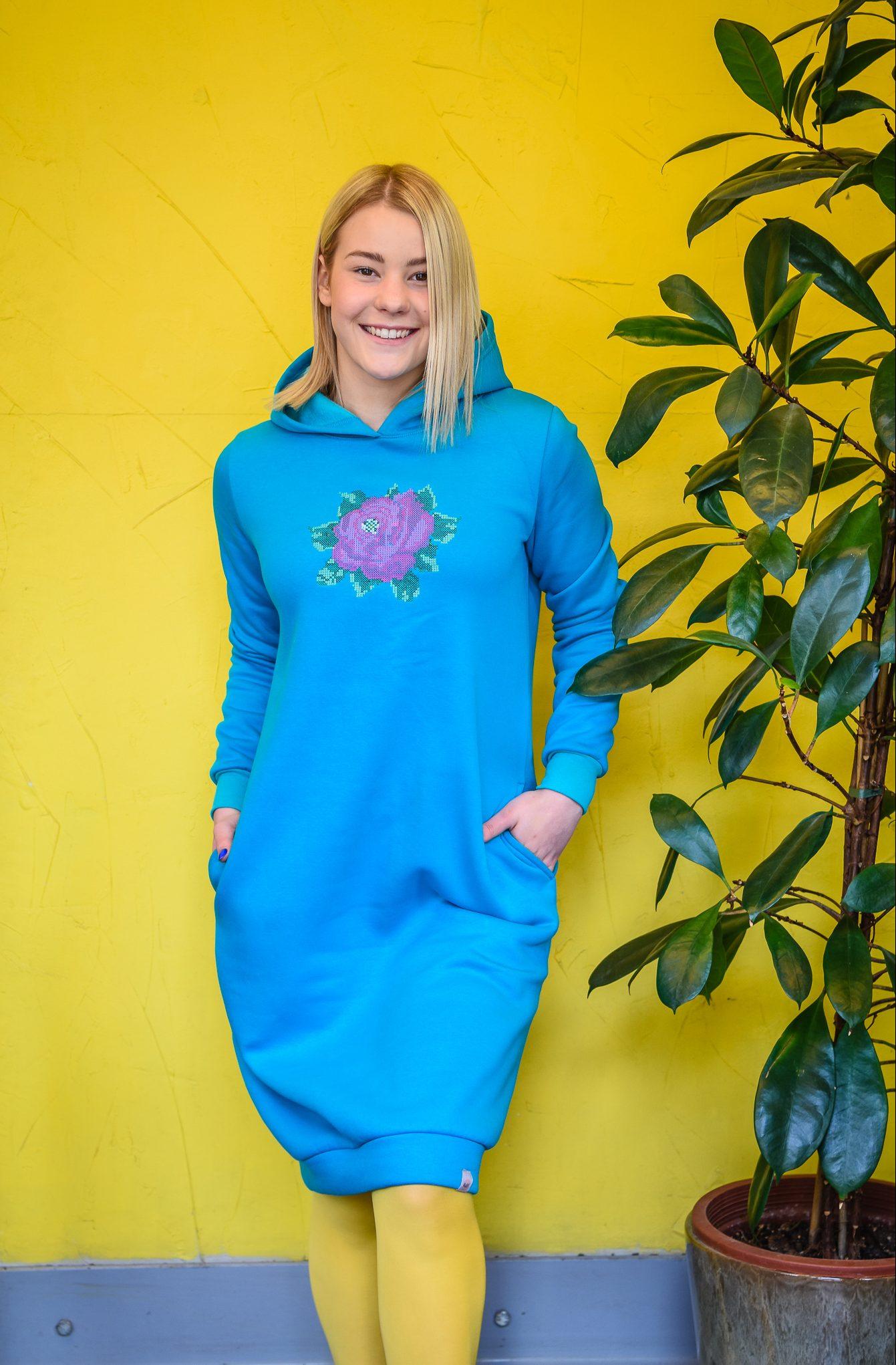 turkiissinine-kleit