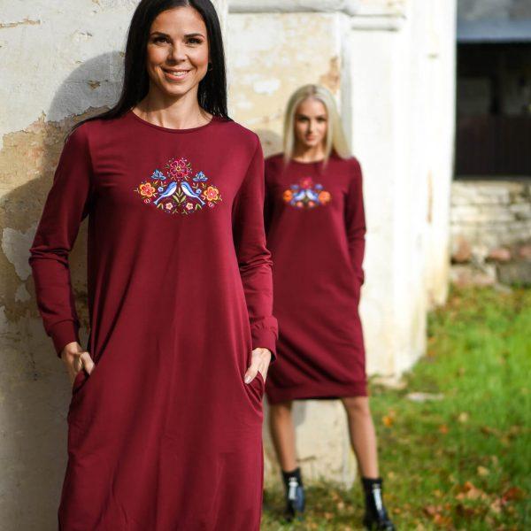 punane-dresskleit-taskutega